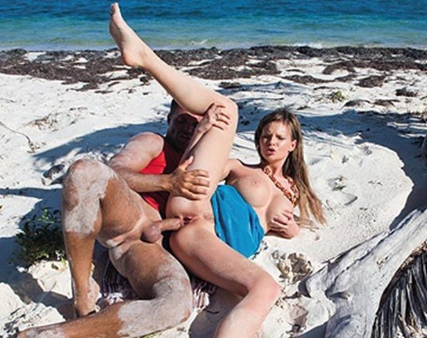 Full nude girls in a bathing